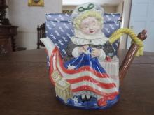 Betsy Ross Fitz & Floyd Collectors series teapot