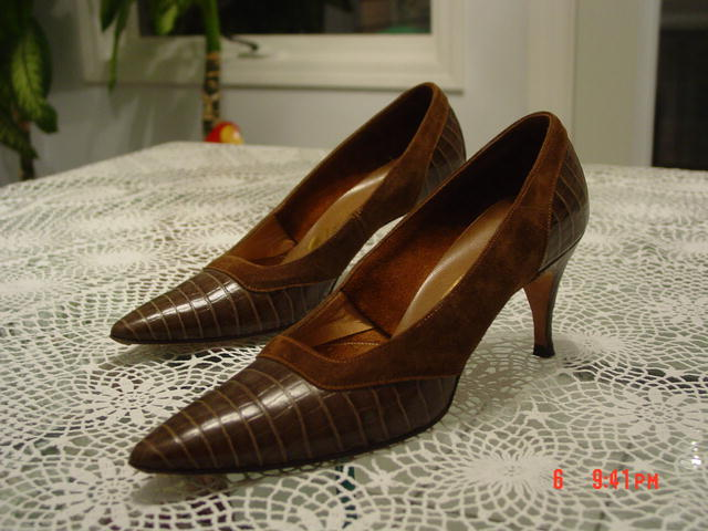 Gorgeous Chocolate Reptile Lizard Alligator & Brown Suede Adore Shoes Size 7AA