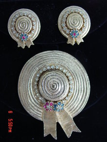 Ciner Straw Hat  Rhinestones Brooch & Earrings