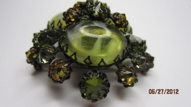 Signed SCHREINER Glass Olivine Topaz Domed Brooch & Clip Earrings
