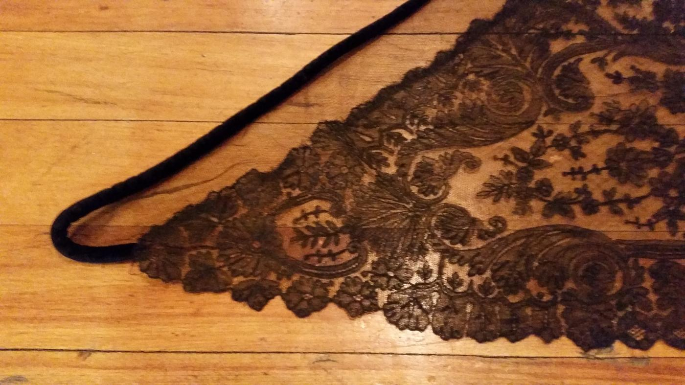 Antique Black Chantilly Lace Civil War Victorian Era Mourning Shawl