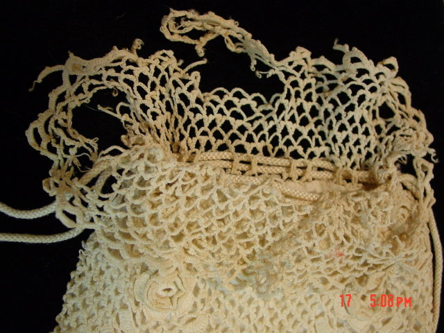 Antique Victorian Ivory Cotton Crocheted Drawstring Purse