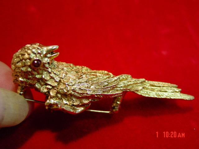 Erwin Pearl Gold Classic Bird Pin Brooch