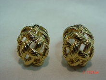 Erwin Pearl Gold Clip Earrings