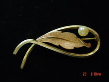 Gold Filled Faux Pearl Van Dell Pin