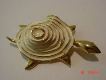 Cream Enamel & Goldtone Turtle Pin Brooch