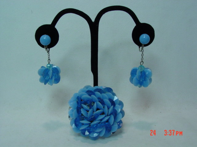 Blue Plastic Clip Earrings & Pin