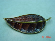 BSK Goldtone Leaf Brooch with Leather Look