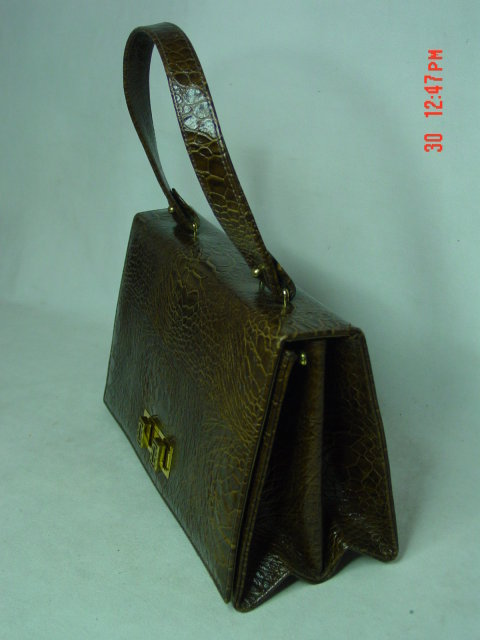 Triangle New York Brown Vinyl Reptile Handbag Purse