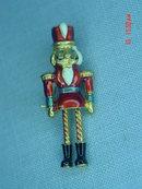 Vintage VERO 14K GP Toy Soldier Nutcracker Pin