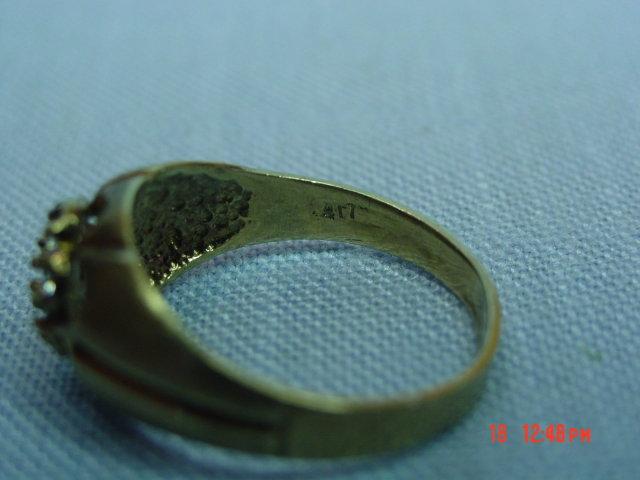 Vintage 417 10K CZ Flower Ring Size 9