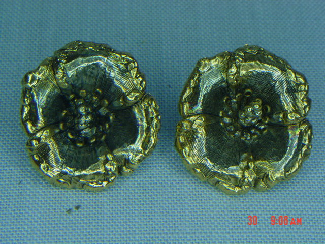 Two Tone Flower Clip Earrings Signed ART