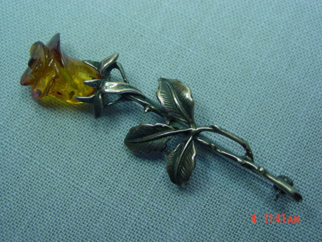 Baltic Amber Sterling Silver Rose Pin