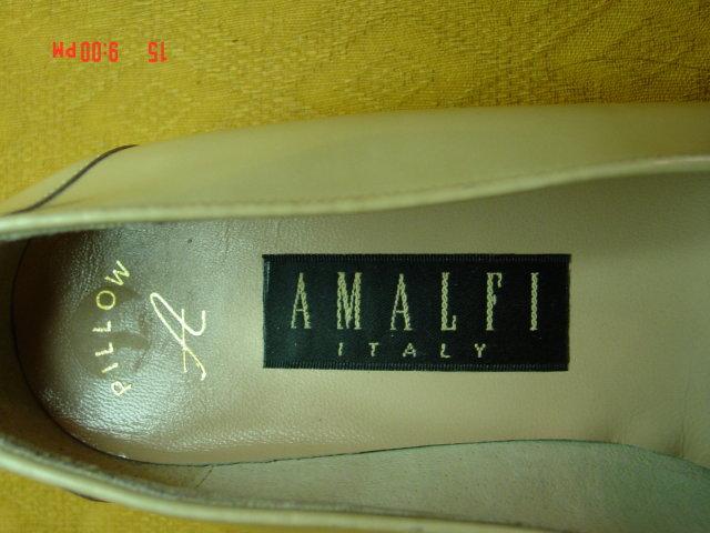Amalfi Italy Yellow Patent Leather Pillow Flat Shoes Size 9B - New