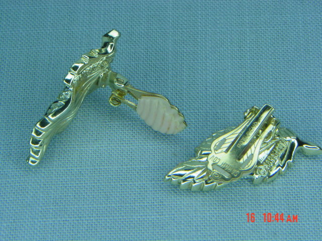 Sarah Coventry Pale Gold Leaves Clip Earrings