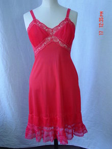 Vintage 1940's Red Slip Size Medium