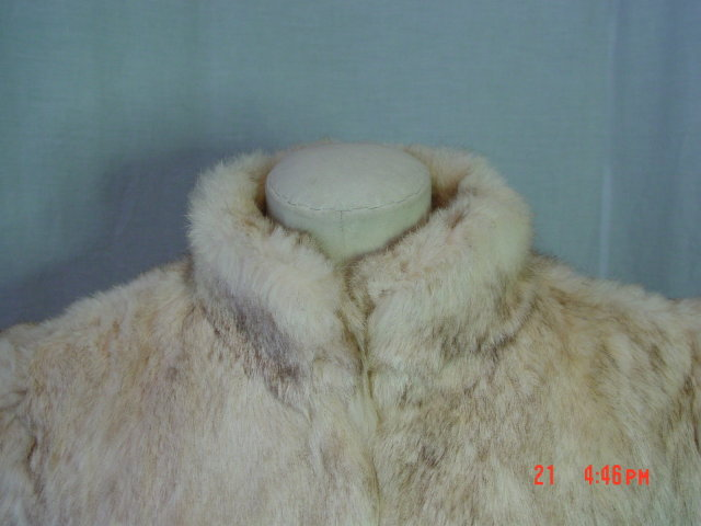 Vintage Hong Kong Mottled Cream & Light Brown Rabbit Fur Jacket Size Medium