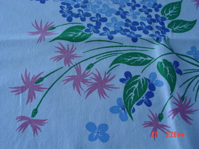 Vintage 44x66 Pink & White Floral Printed Cotton Tablecloth