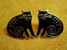 Laurel Burch Keshire Cat Pierced Earrings