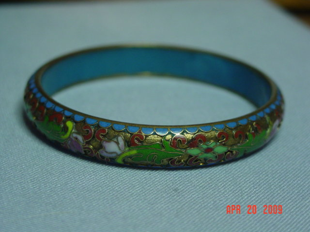 Vintage Chinese Cloisonne' on Brass Bangle Bracelet