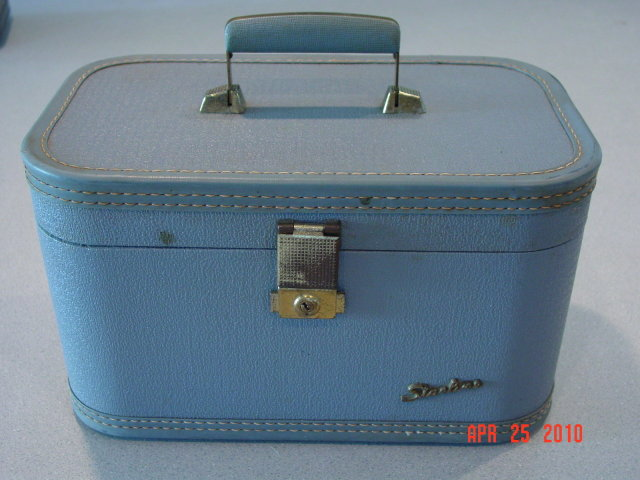 Vintage Blue Starline Train Case
