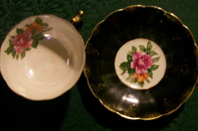 Nihon Yoko Boeki Ceramic Footed Cup & Saucer Black w/Roses 1950s Japan