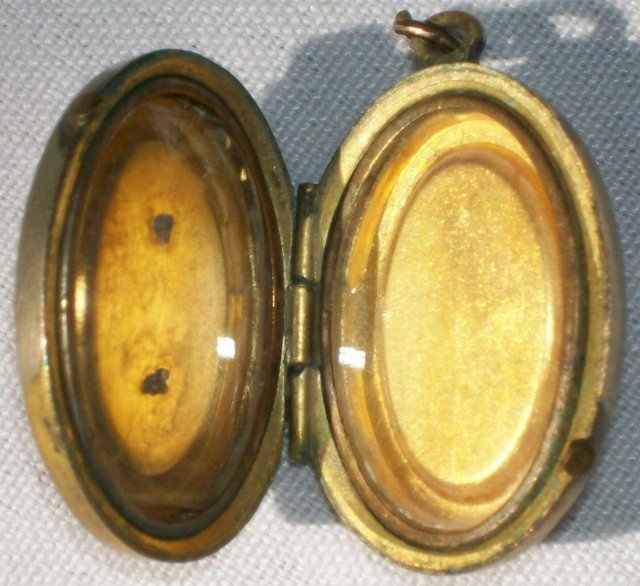 Etruscan Revival Locket Ca. 1870 Gold-Filled Red Stones