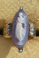 1870's Full Figure Cameo Ring Banded Agate Gold & Pearls Size 3/4