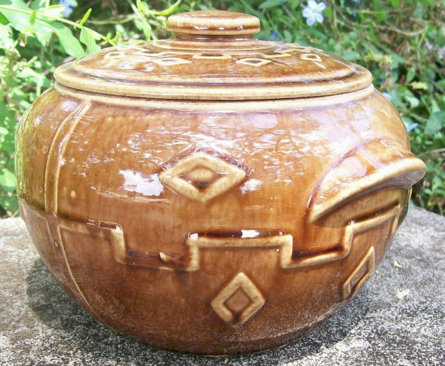 Monmouth/Western Stoneware Bean Pot Diamond Pattern Brown Glaze 1930s