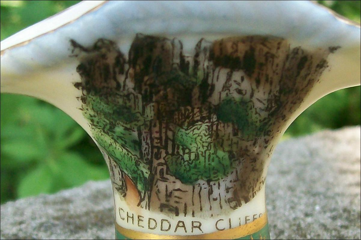 Cheddar Cliffs England Souvenir Ceramic Mini Basket Early 1900's