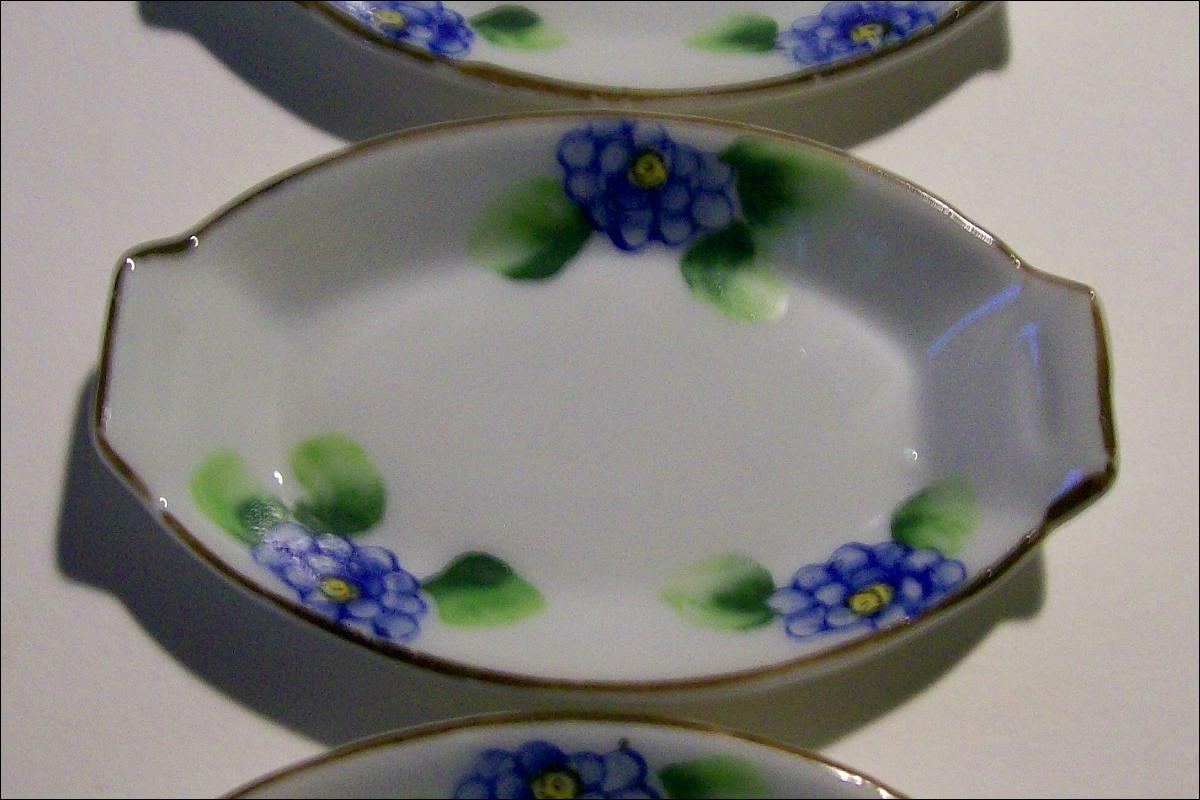 Japanese Porcelain Open Salts with Blue Flowers: 1920's-30's