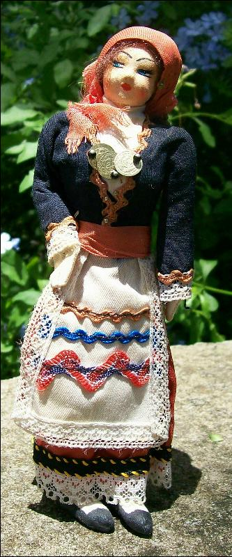Folkloric Eastern European Souvenir Cloth Doll Mid-1900's 7
