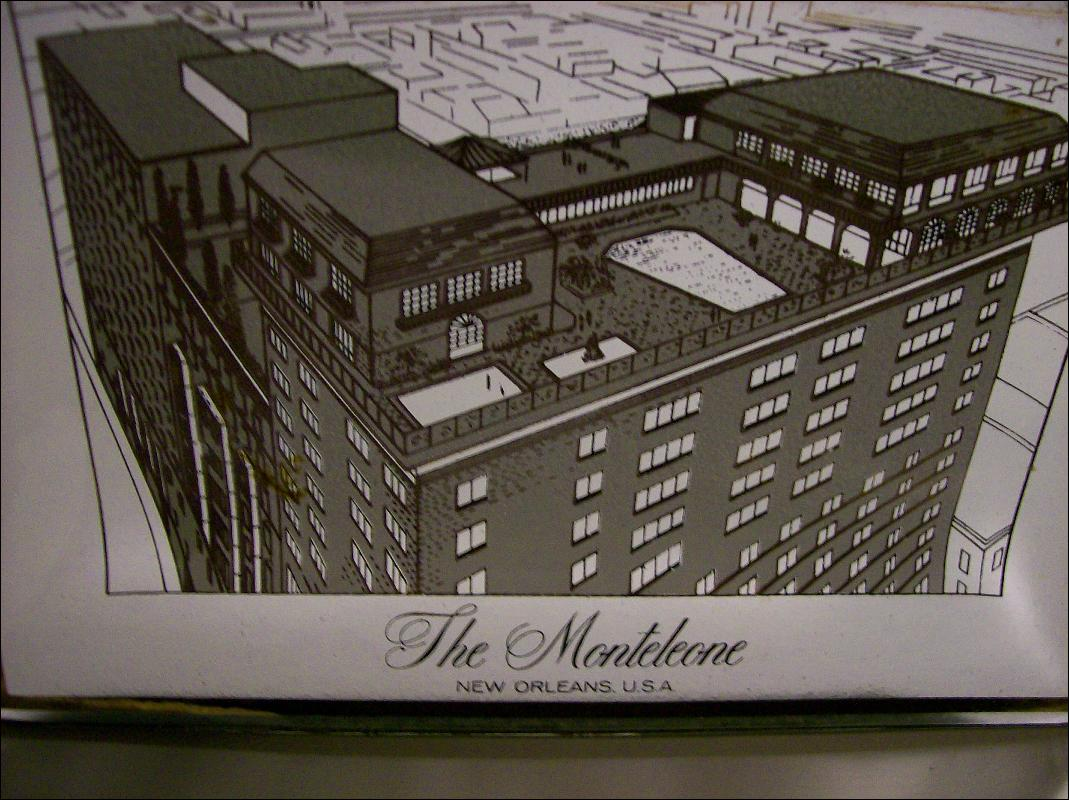 Monteleone Hotel New Orleans Bent Glass Advertising Tray 5
