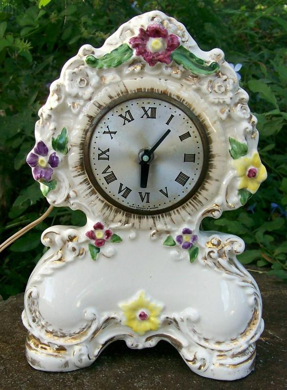 Porcelain Clock with Sessions Electric Movement