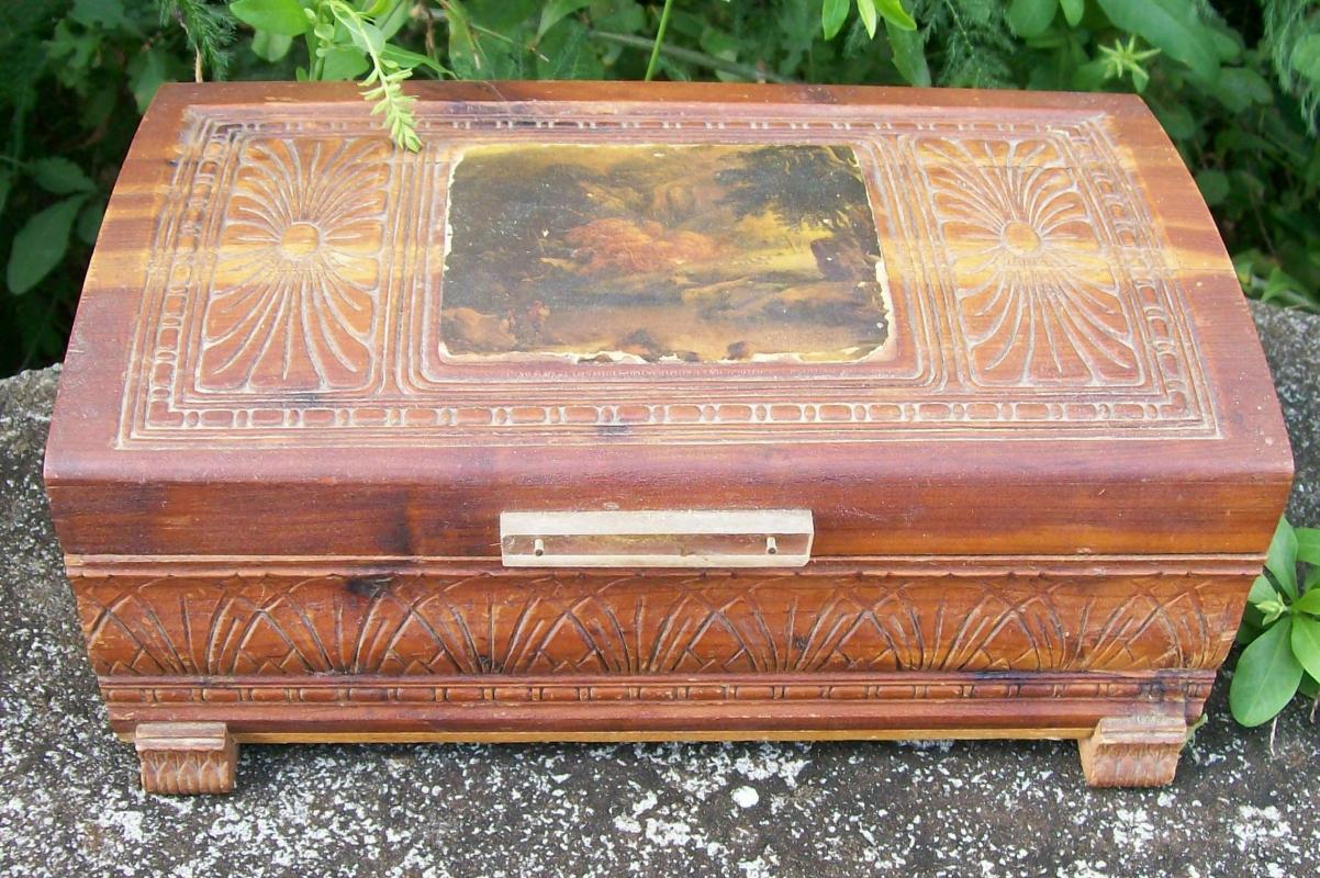Cedar Wood Dresser Box Domed Lid Pastoral Scene Decoration