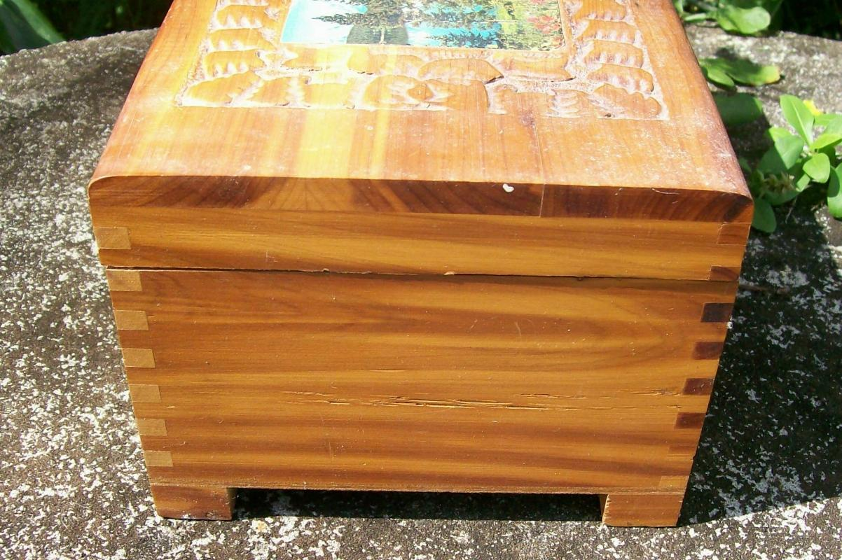 Cedar Wood Dresser Box with Mirror Molded Decoration Chromolithograph