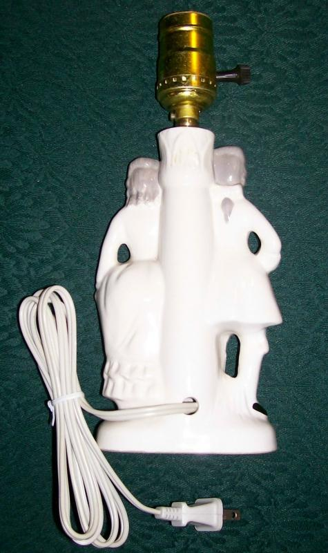 Colonial Couple Figural Ceramic Lamp 1950s-60s Japan 9.75