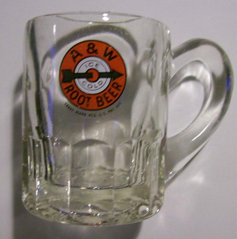 A&W Root Beer Glass Soda Advertising Mug 1940's-50's Bulls-Eye Logo