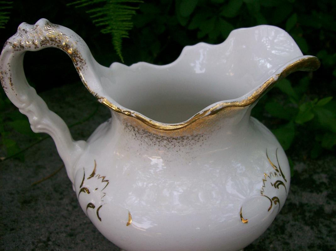 New Jersey Pottery Co. Pitcher: 1869-83 Trenton