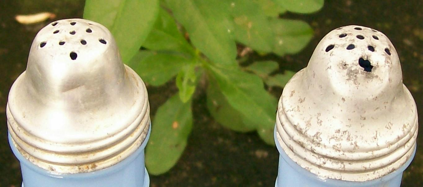 Jeannette Delphite Blue Salt & Pepper Shakers:  Molded Chianti Bottle Shape