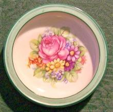 Schumann Dish/Coaster with Rose Bouquet: Germany
