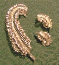 Coro Silver-Tone Feather Brooch & Earrings Set Ca. 1960's