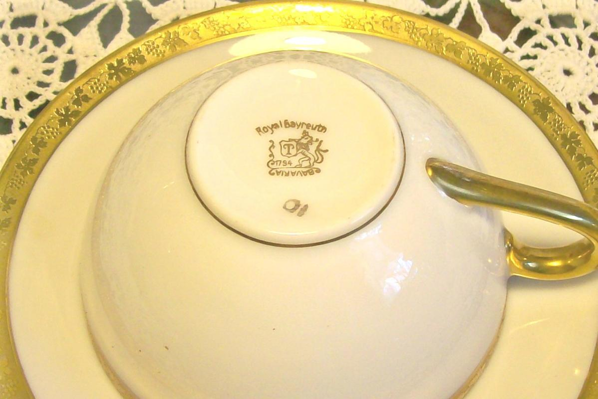 Royal Bayreuth Gold Encrusted Cup & Saucer: Grapevine Motif ROB24