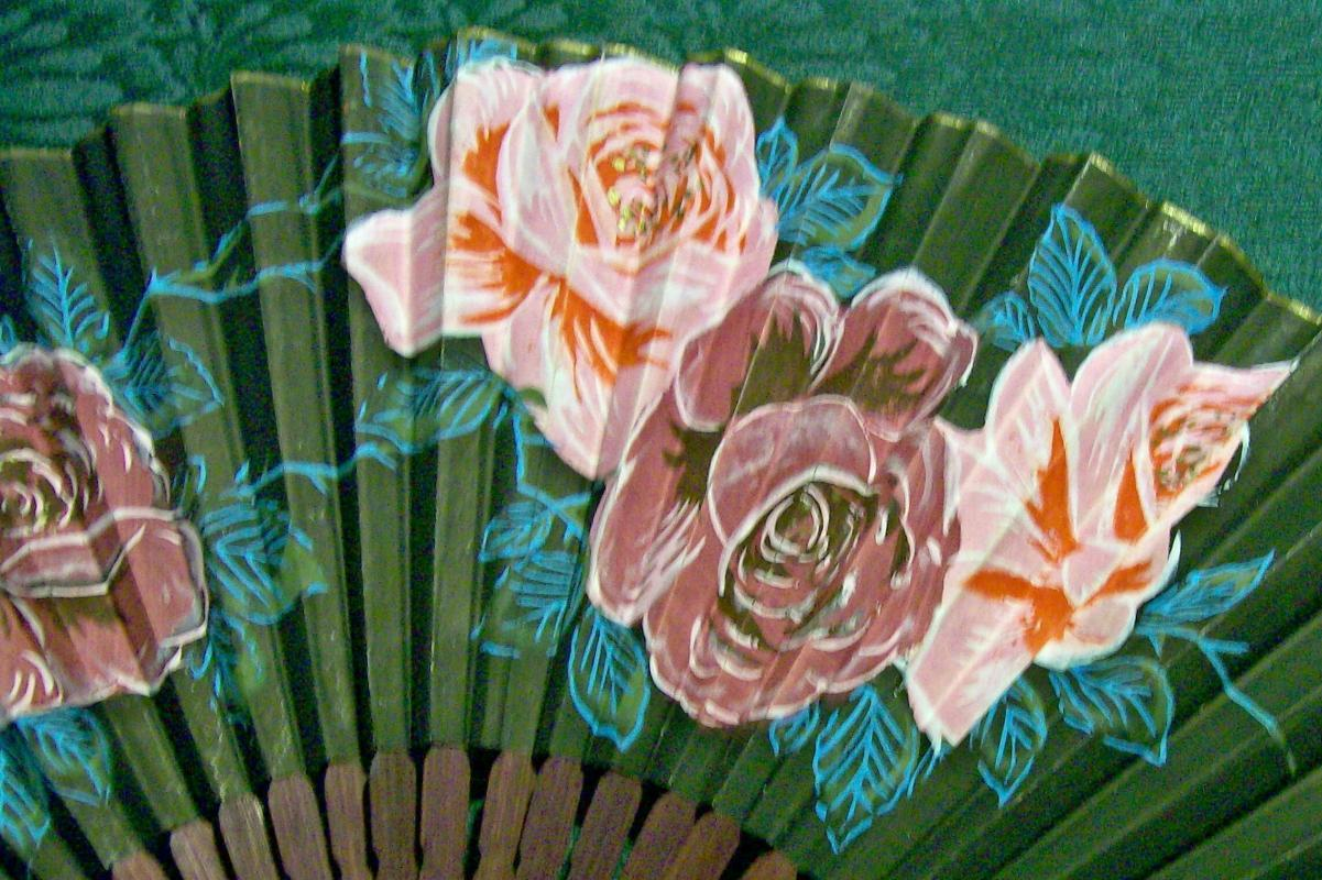 Paper Fan Hand-painted Roses Bamboo Frame 1930's Japan