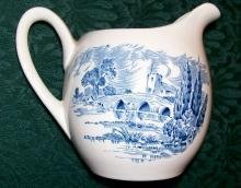 Wedgwood Countryside Ceramic Creamer Blue & White 3 7/8