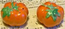 Tomato Ware Figural Ceramic Salt & Pepper Shakers 1930's-50's