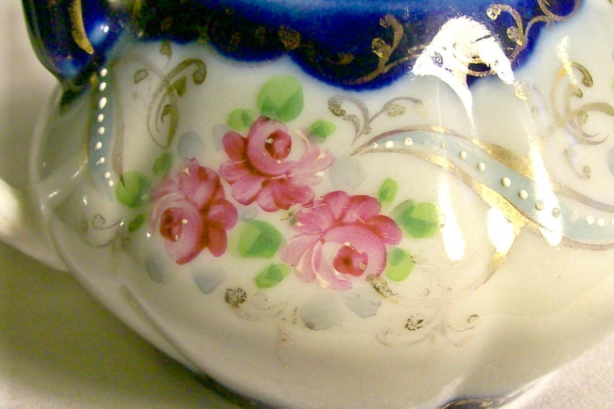 Nippon/Japan Cobalt-trimmed Creamer Hand-Painted Roses/Gold