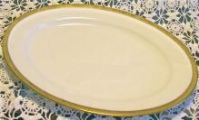 Royal Bayreuth Gold Encrusted Porcelain Platter: Grapevine Motif Border ROB24 11.5