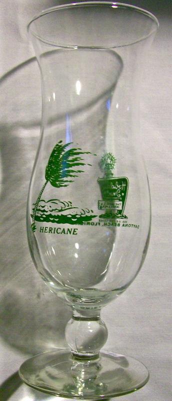 Holiday Inn Hurricane Cocktail Glass Daytona Beach Fla 1969-81