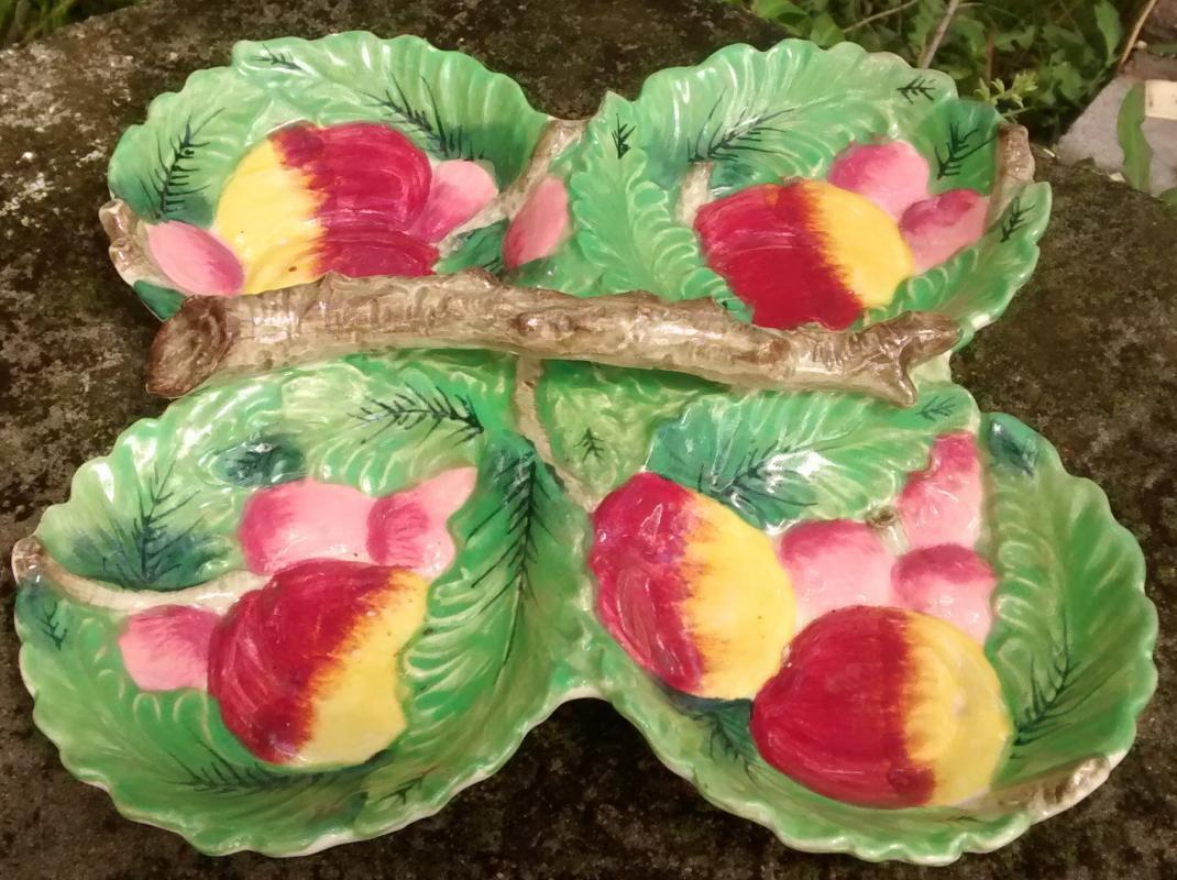 Majolica Ceramic 4-Part Server Leaves/Fruit/Branch Handle 9.5